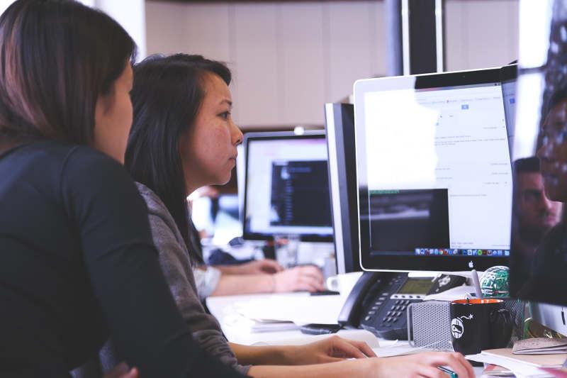 Espacio para el estudio de formación online: Ventajas y desventajas